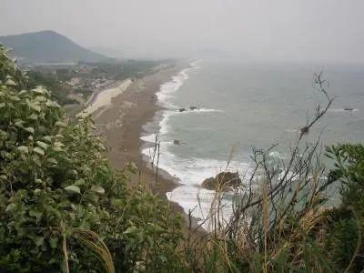 伊良湖岬日出の石門近く